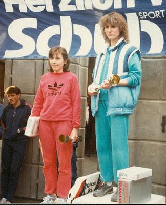 Carina bei ihrem allerersten Wettkampf, beim Donauinsellauf im Nov 1984, wo sie auch gleich gewinnen konnte