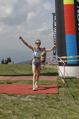 Ihren letzten Staatsmeistertitel holt Carina (48-jährig) bei den Berglauf-Staatsmeisterschaften 2008 mit Ziel auf dem Stuhleck.
