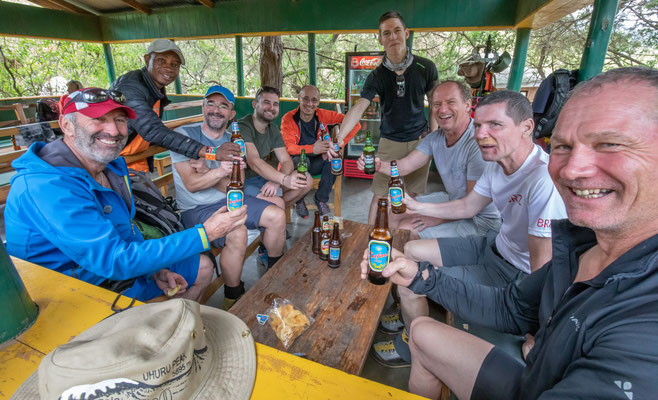 Mt. Meru geschafft, ein Bier ist fällig