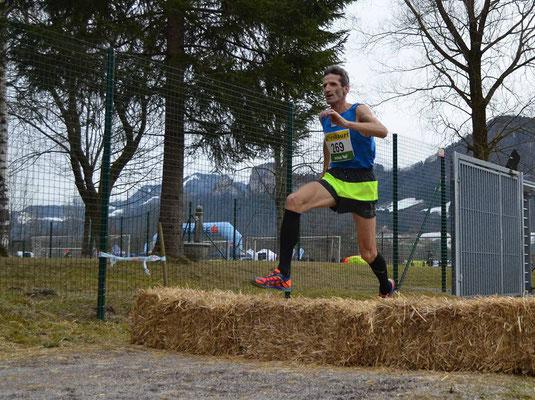 Helmut Schmuck bei den Crosslauf-Staatsmeisterschaften in Salzburg-Rif, 2. Pl. M 55 (Foto: Julia Lettl)