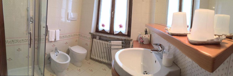 Bagno con doccia, privato.