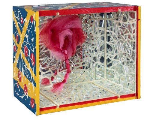 """Mis ataduras de siempre"" - 30 x 34 x 20 cm - Caja - 2013"
