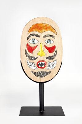 """""""Armo y desarmo mi máscara"""" (Frente) - 64 x 30 x 20 cm - Madera, metal, cerámica - 2019"""