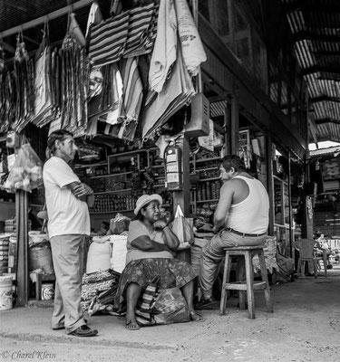 Regionalmarket Puerto Maldonado  -- Peru / Centro De Rescate Taricaya
