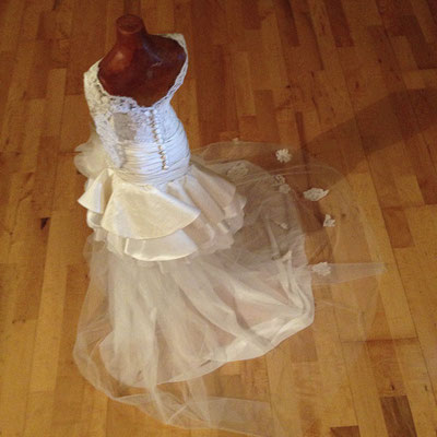 Brautkleid Entwurf Rückseite