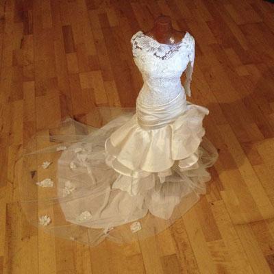 Brautkleid Entwurf Vorderseite