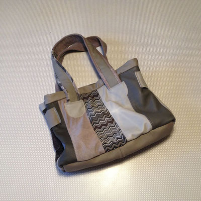Tasche in Brauntönen