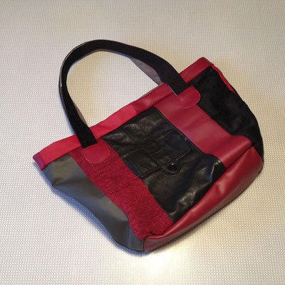 Tasche rot/schwarz
