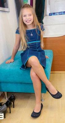 21. 02. 2016 Fertigprobe / Julia Pointner - Jeanskleid mit Seidenpaspel (ohne Rock) Fotos von: (C) Moni Fellner