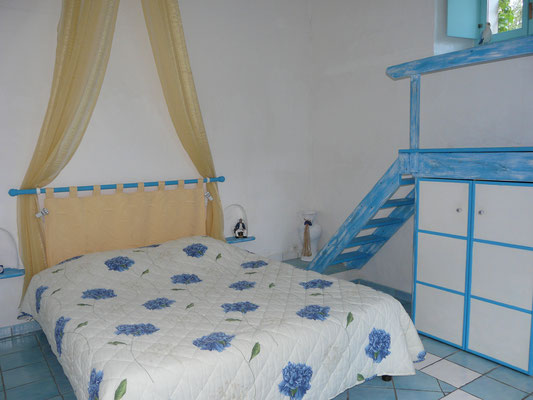 Lit Queen size chambre Cyclades