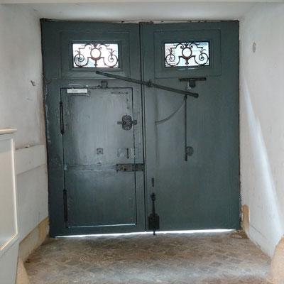 Vue intérieure de la porte cochère