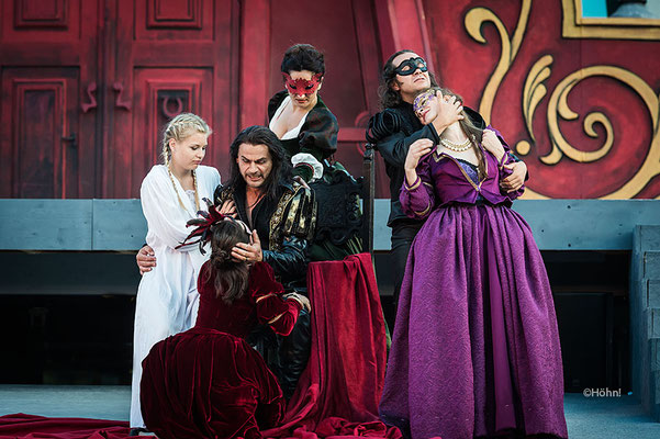 Ensemble, Rigoletto 2016