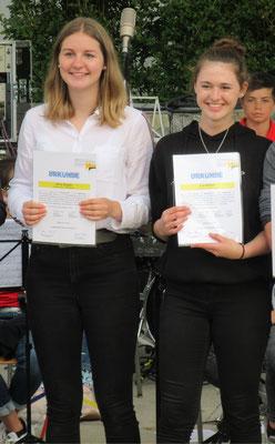 Unsere beiden aktiven Musikerinnen Lea Wörner und Alina Ziegler haben an einer einjährigen Ausbildung zur Musikmentorin erfolgreich teilgenommen.