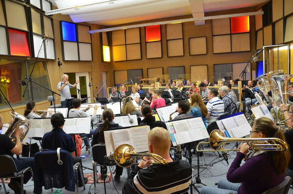 Die Polizeimusik Stadt Zürich mit Dirigent Marcel Sennhauser