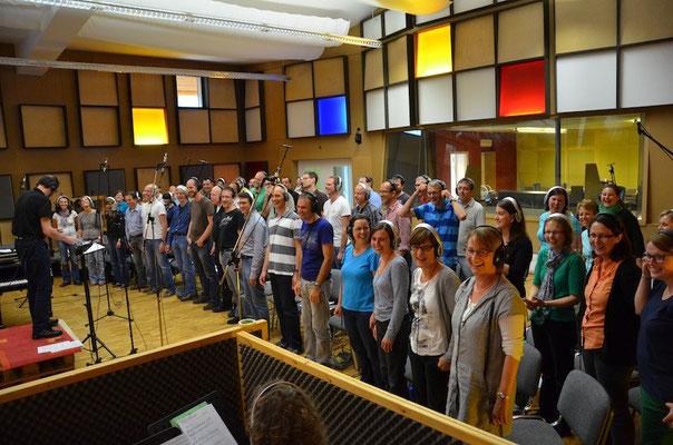 Gospelchor Feel The Spirit mit Dirigent Ueli Reinhard