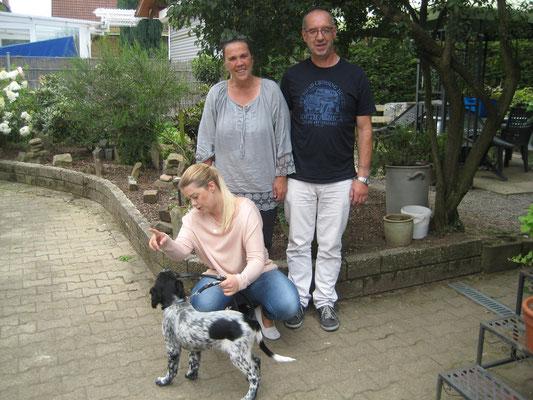 Mit der Familie Rehrmann hat Alexa im zweiten Anlauf, denken wir, die richtige Familie gefunden.