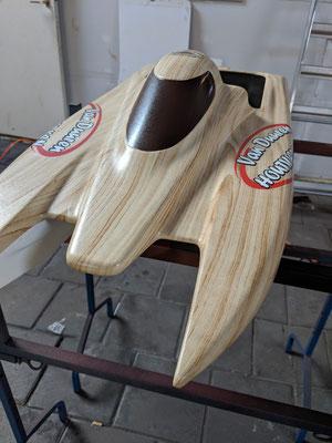 Carbonfiber Speedboot in hout motief