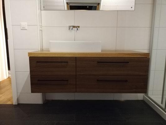 design11, Lavabomöbel individuell hergestellt in Solothurn, schwarze Griffe, Griffe pulverbeschichtet, design11, design 11, handwerk aus solothurn