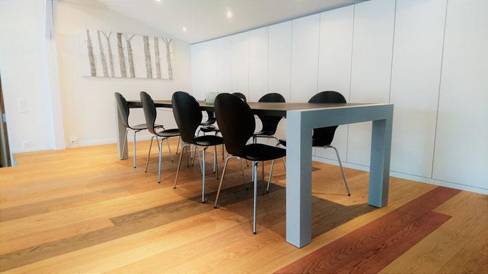 Beton Tisch aus Solothurn, Schreiner Qualität, individuell Hergestellt, Massivholztisch Holztisch