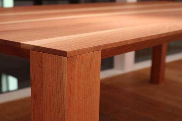 Detail, Esstisch in Kirschbaum, Bur Schreinerhandwerk GmbH
