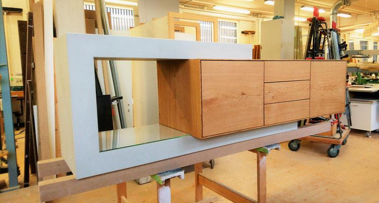 In Produktion, Sideboard, Beton Möbel, echter Beton