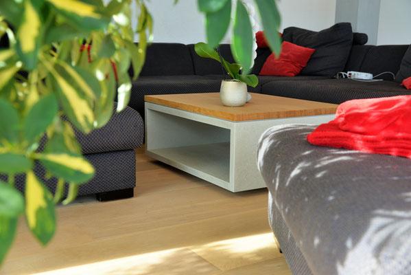 Salontisch aus Beton und Holz, Betonmöbel aus Solothurn, Schweizer Qualität, Design11, design 11