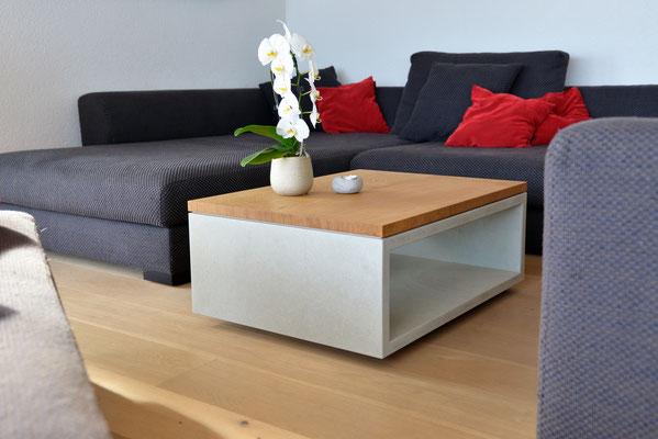Salontisch aus Betonplatten und massivem Eichenholz, Betonmöbel aus Solothurn, Beton Möbel aus Holz, Betonmöbel Online bestellen,