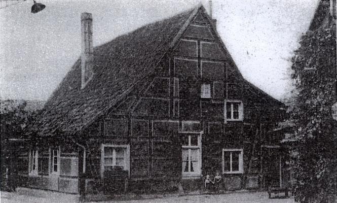Die ehemalige Küsterei. Sie stand gegenüber der Kirche St. Vitus (heute K+K)