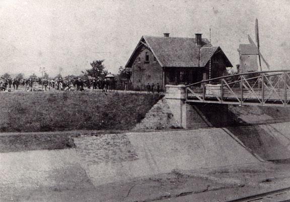 1895 Strommeisterei hier in Hafennähe