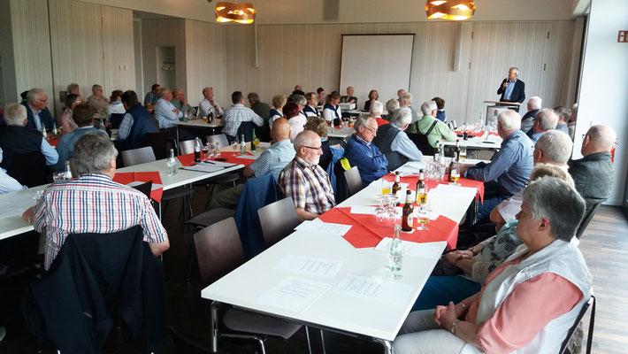 Die Versammlung des Kreisheimatvereins im Leo's