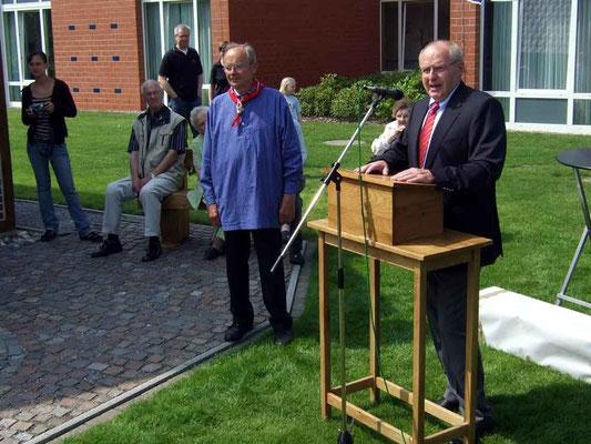 Bürgermeister Josef Himmelmann freut sich über die gute Zusammenarbeit  zwischen Stadt und Heimatverein