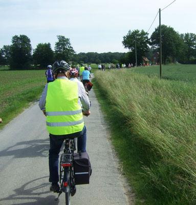 Die Radlergruppe auf dem Rückweg