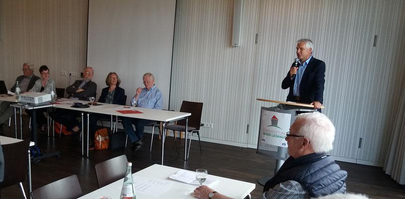 Bürgermeister Wilhelm Sendermann stellt Olfen vor