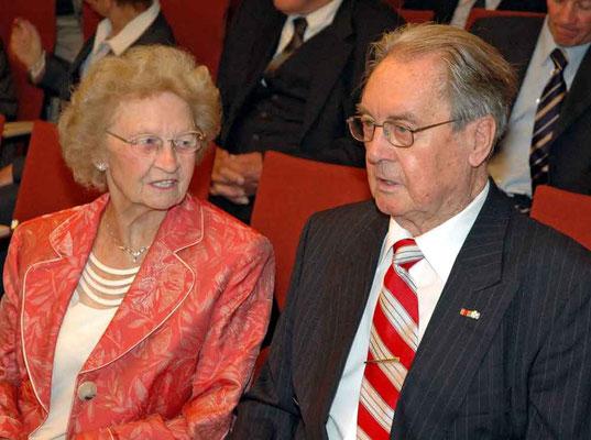 Der ehemalige Stadtdirektor Heinz Voß mit seiner Ehefrau Helga.