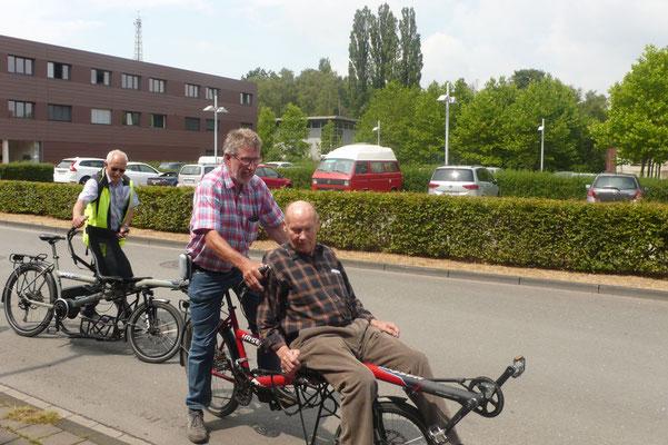 Theo Sander und Gerd Stelzer zu zweit unterwegs