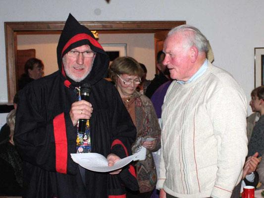 Hermann Röhling holt sich die Strafpredigt ...