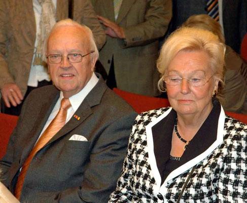 Der frühere Bürgermeister Albert Knümann mit seiner Ehefrau Margret.
