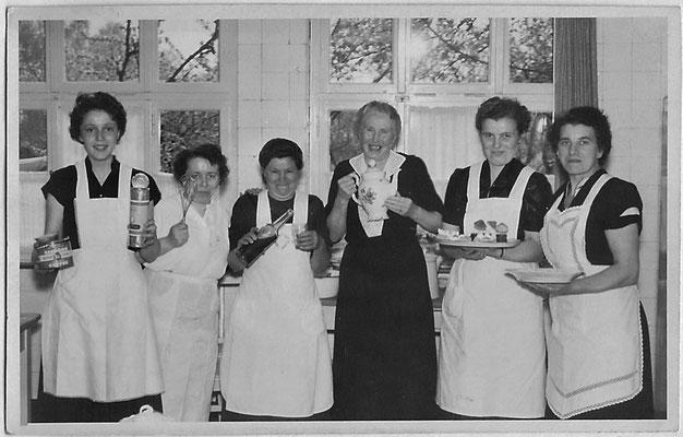 1955 - Küchenteam
