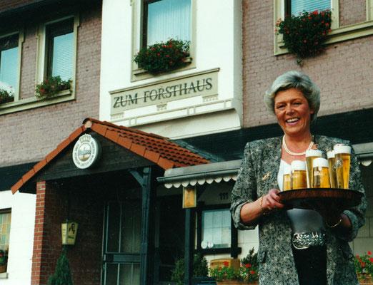 1985 - Wirtin Ulla Wilmes