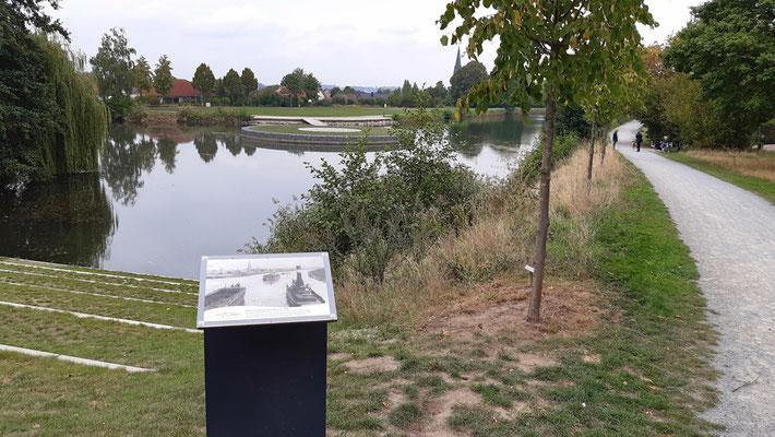 2019. Blick auf die Alte Fahrt mit dem neu gestalteten 'Hafen'. Jetzt finden hier Veranstaltungen in Wassernähe statt.