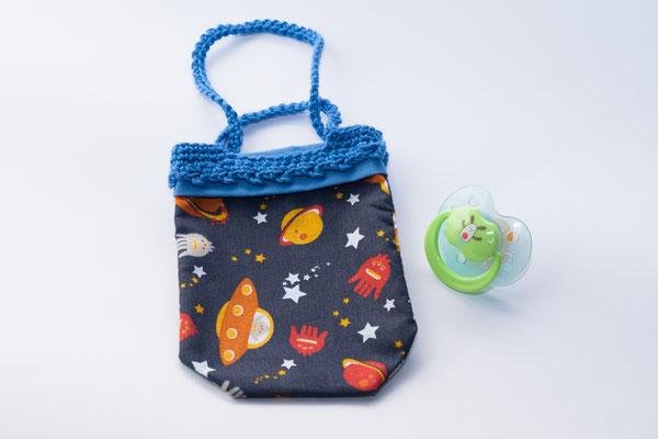 Sac range tétine thème L'espace avec anses crochetés bleues