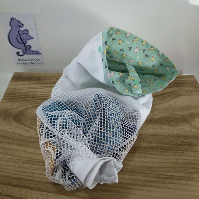 Sac à masques: le filet de lavage se ferme avec des boutons pression - Le Chaton et sa Poulette