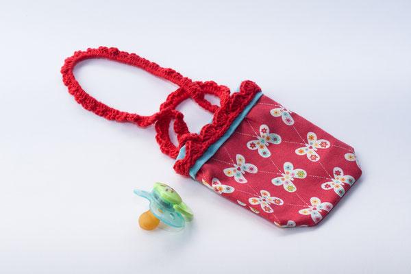 Sac range tétine thème Papillons hippies avec anses crochetés rouges