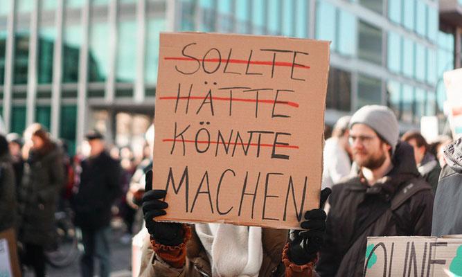 Fotoquelle: www.tomorrow.one/de-de/blog/die-corona-krise-ist-wenigstens-gut-fur-unser-klima-leider-nicht