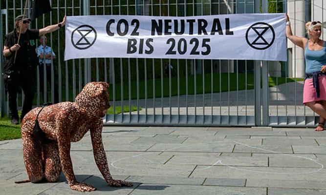 Fotoquelle: www.taz.de/Umweltbundesamt-fordert-CO2-Aufschlag/!5608448/