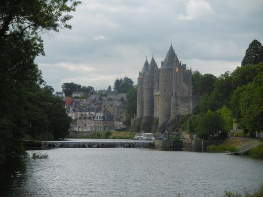 Burg in Jossin