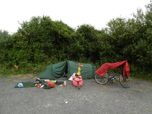 Schlafplatz auf dem Parkplatz