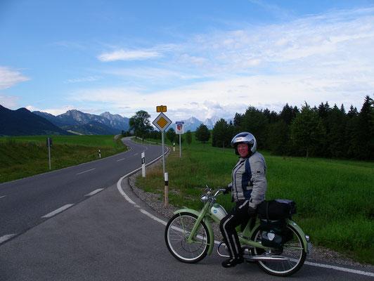 Reingard mit ihrer Quickly im Alpenvorland