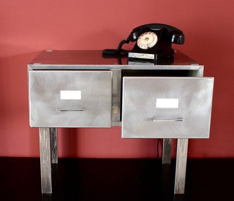 meuble deux tiroirs