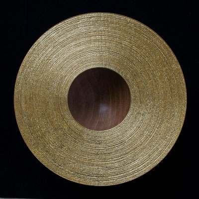 """Schale """"Sternenstaub"""": Eiche, 18 x 6 cm, gebürstet, Einlassungen: Blattgold 22 Karat"""